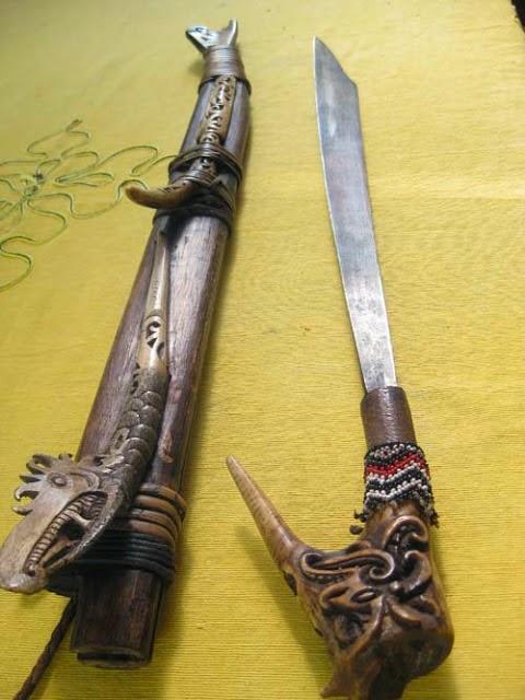 SENJATA TRADISIONAL | peninggalan tradisional indonesia