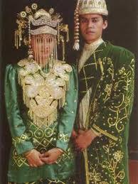 PAKAIAN ADAT | peninggalan tradisional indonesia